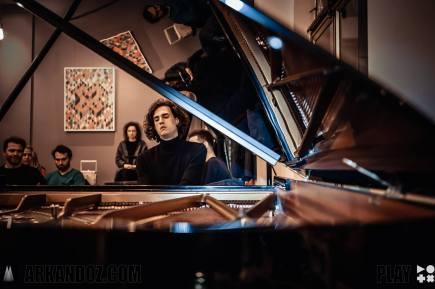 Leonhard Dering - Pianist - Foto: Andos Krishnadas