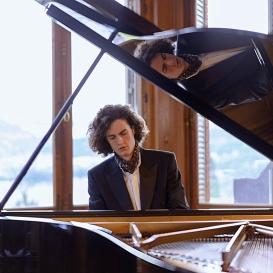 Leonhard Dering - Pianist - Foto: Tommy Bugner