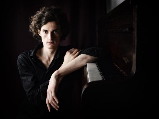 Leonhard Dering - Pianist - Foto: Frau Eva